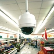 Установка камер видеонаблюдения в супермаркете